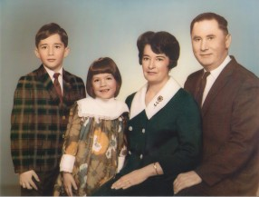 16 Family portrait 1969